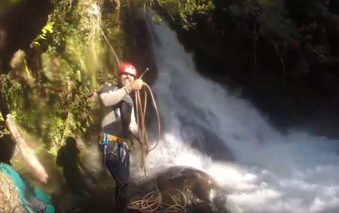 Trekking Cáscada Mágica en Sendero Deleite del Bosque en Sal